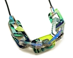 Thick Chain Link & Rubber Necklace - Detail Green Side net